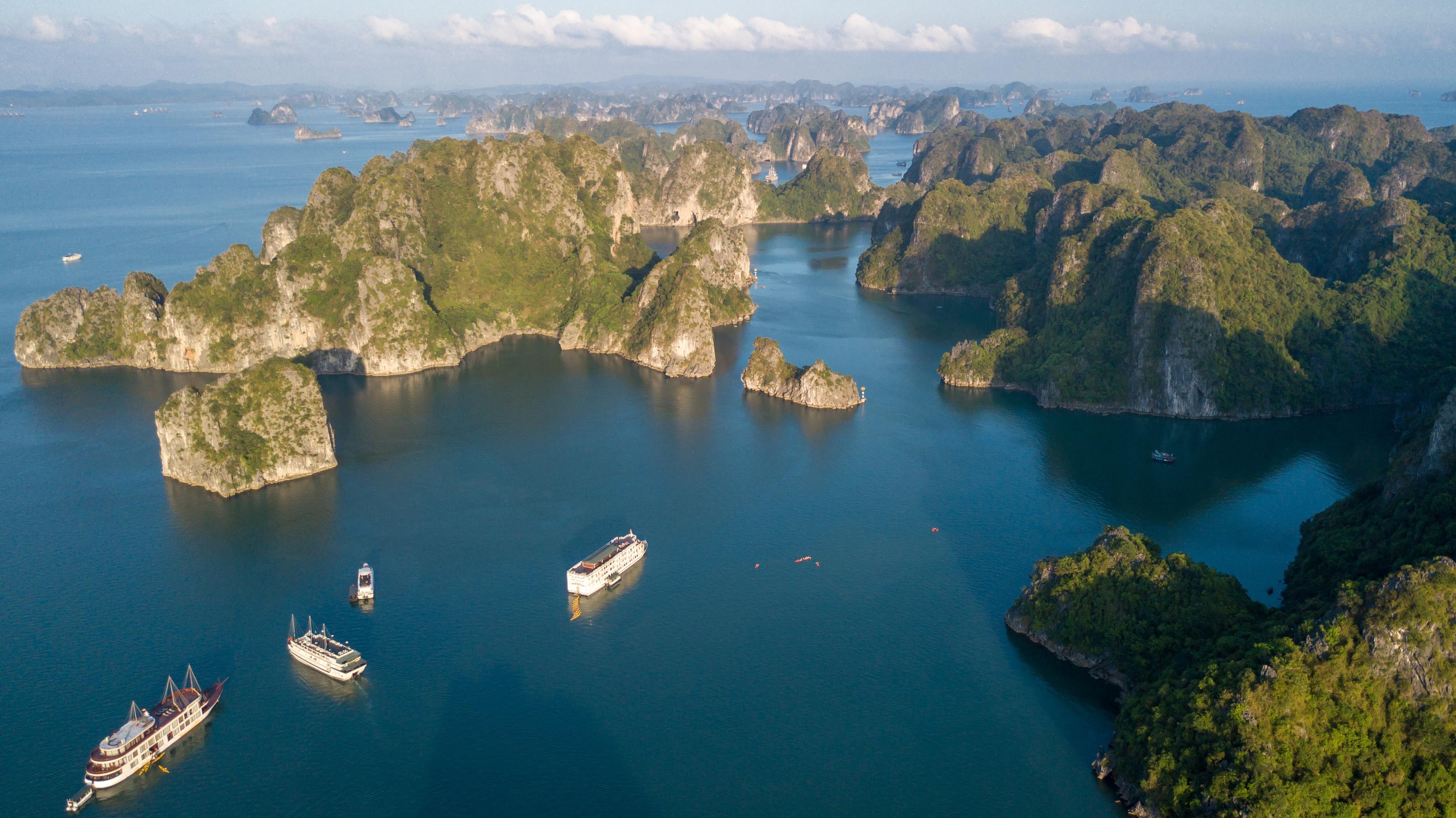 Halong Bucht ∙ Mit dem 5 Sterne Schiff durch das Weltkulturerbe ∙ Vietnam