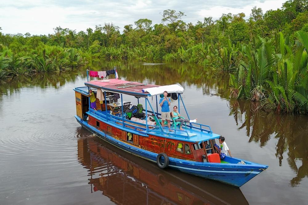 Kalimantan – Unterwegs mit dem Boot zu Nasenaffen und Orang Utans
