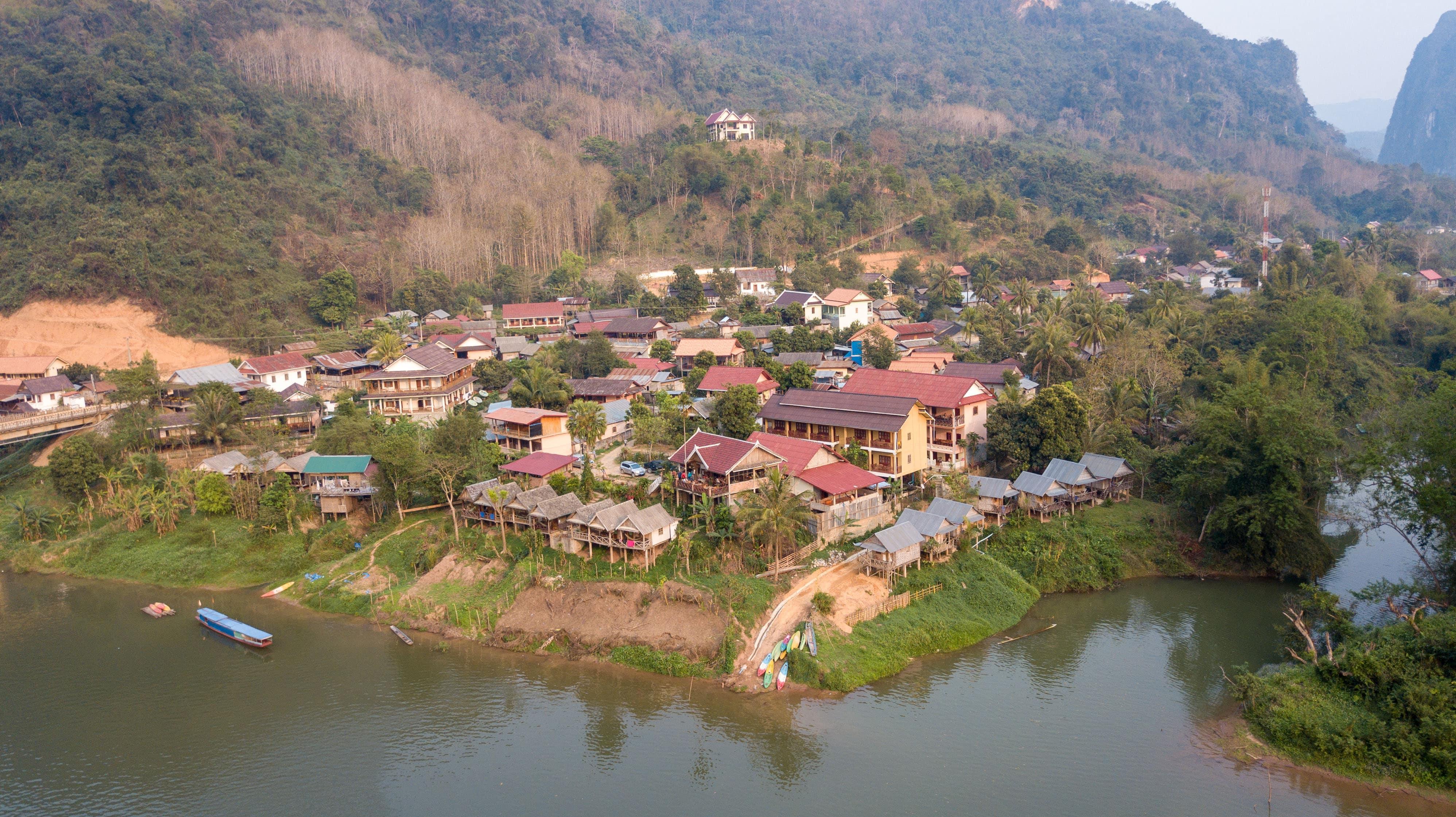 Nong Khiaw ∙ Der verschlafene Ort für aktive Natur Liebhaber ∙ Laos