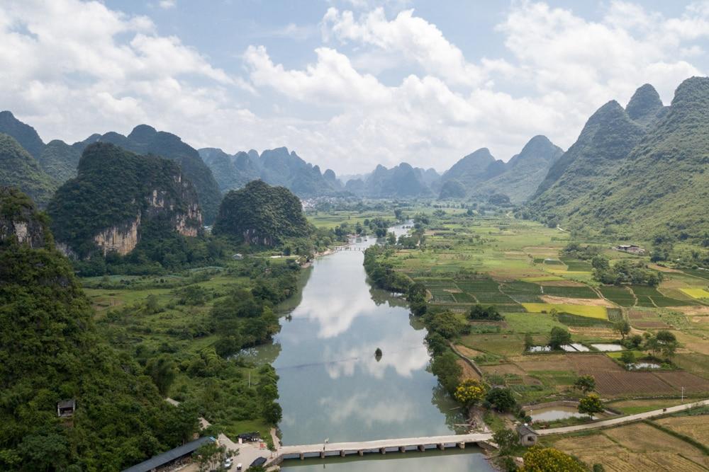 Yangshuo – Mit Floß und Tandem durch die Karstfelsen